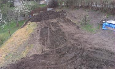 vymodelovaná úžitková záhrada
