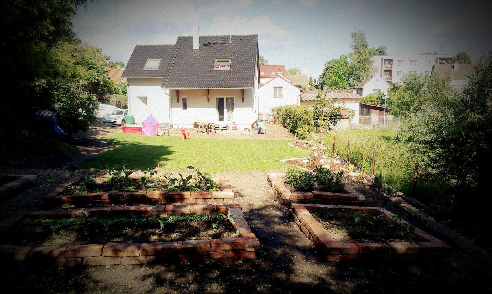 Záhrada - nedelná pohodička