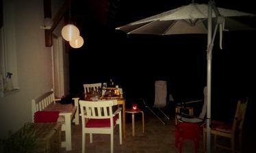 jedna nočná s lampiónmi
