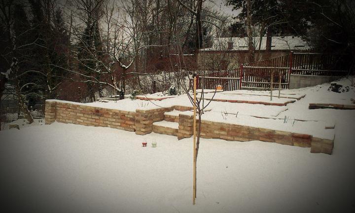 Zimná verzia našej záhrady