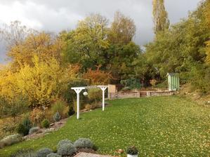 30.10.2016 jeseň na záhrade