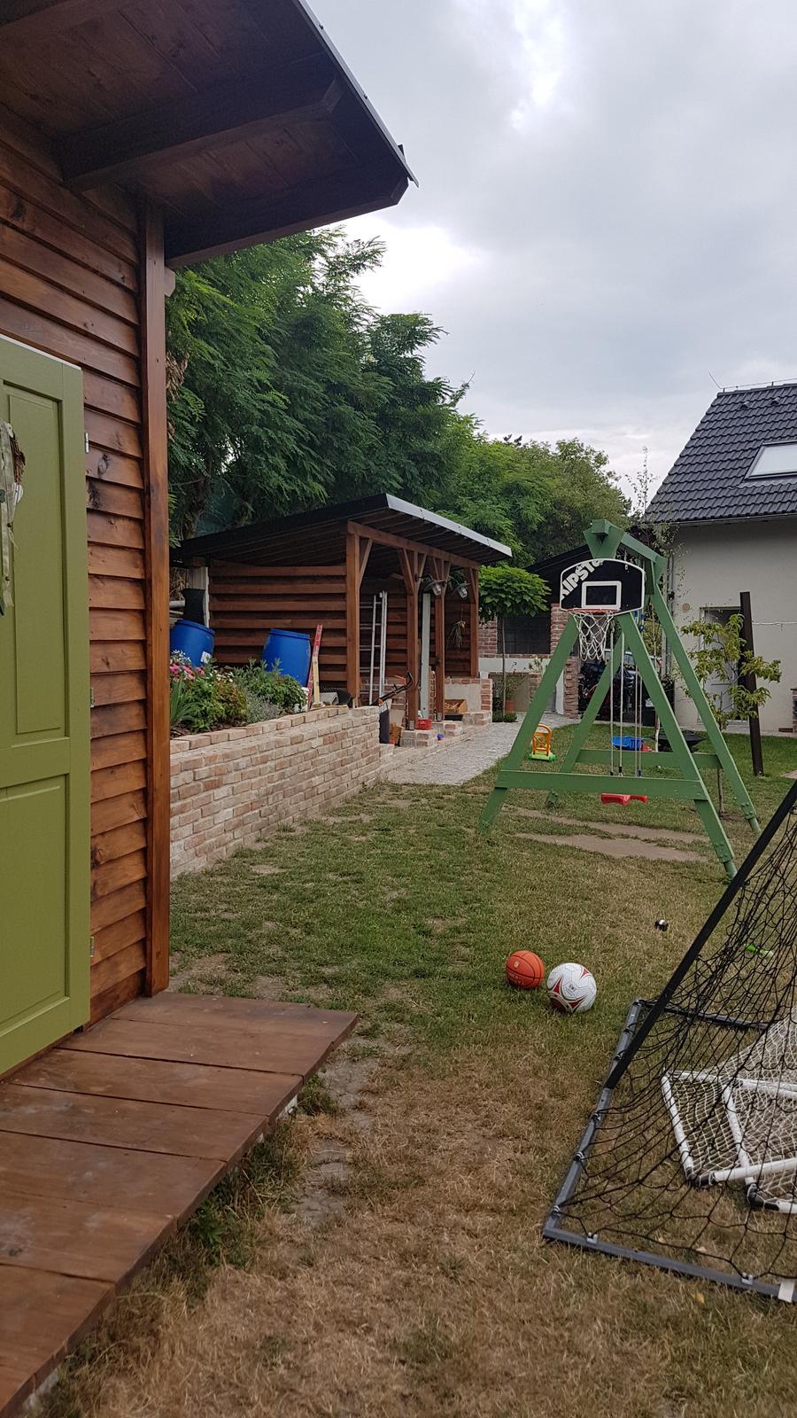 Drevník a kafé kútik - projekt roku  2018 - Obrázek č. 162