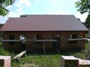 Zakrytá střecha, pohled ze zahrady.