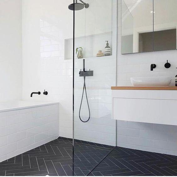 Ahoj, máte někdo takový styl koupelny? Walk in sprcháč délka 180+vana ? Jak se vám používá? Nějaké postřehy čeho se vyvarovat? - Obrázek č. 1