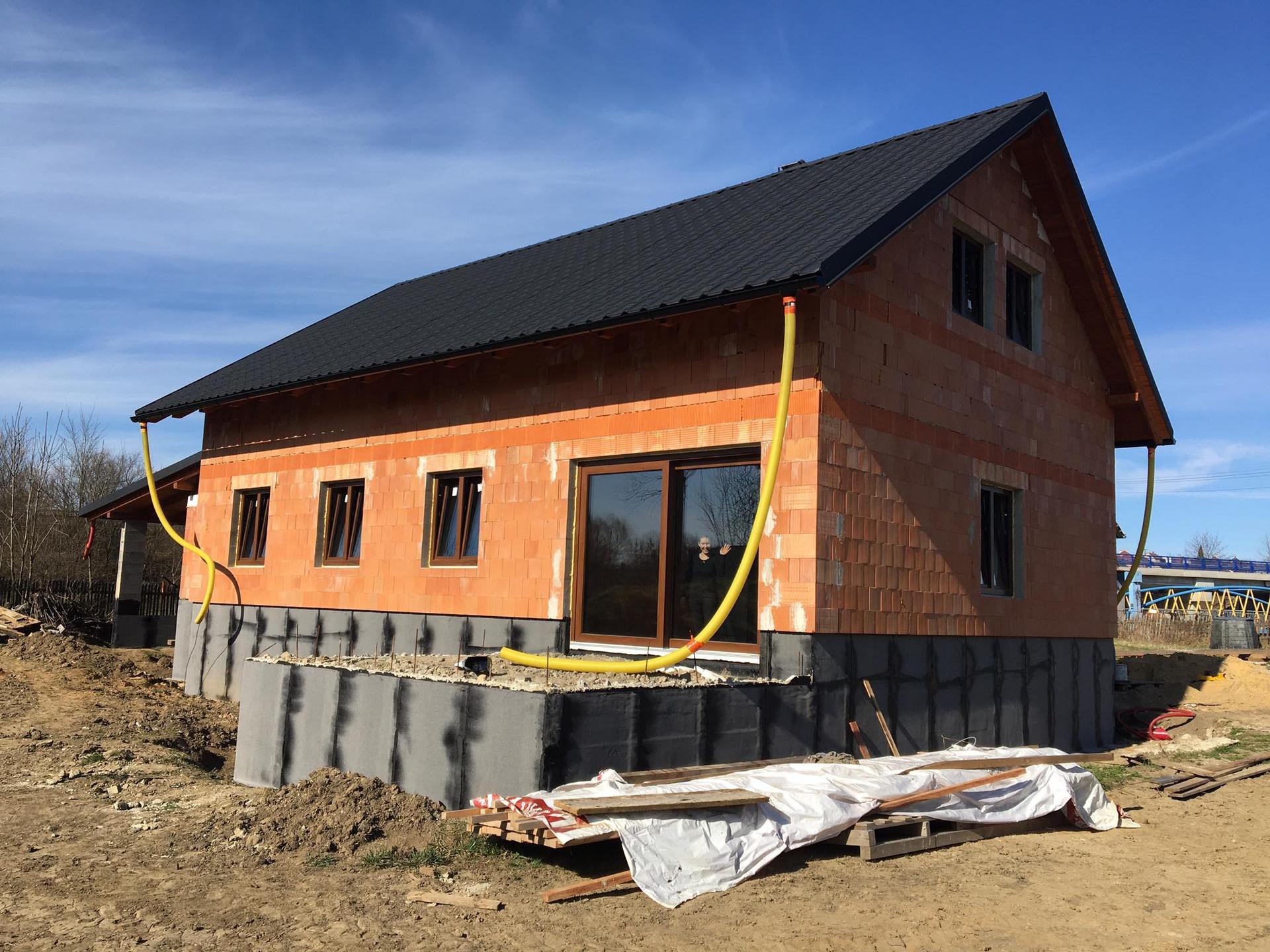 Stavba od výkopu po lustr - 30.3.2021