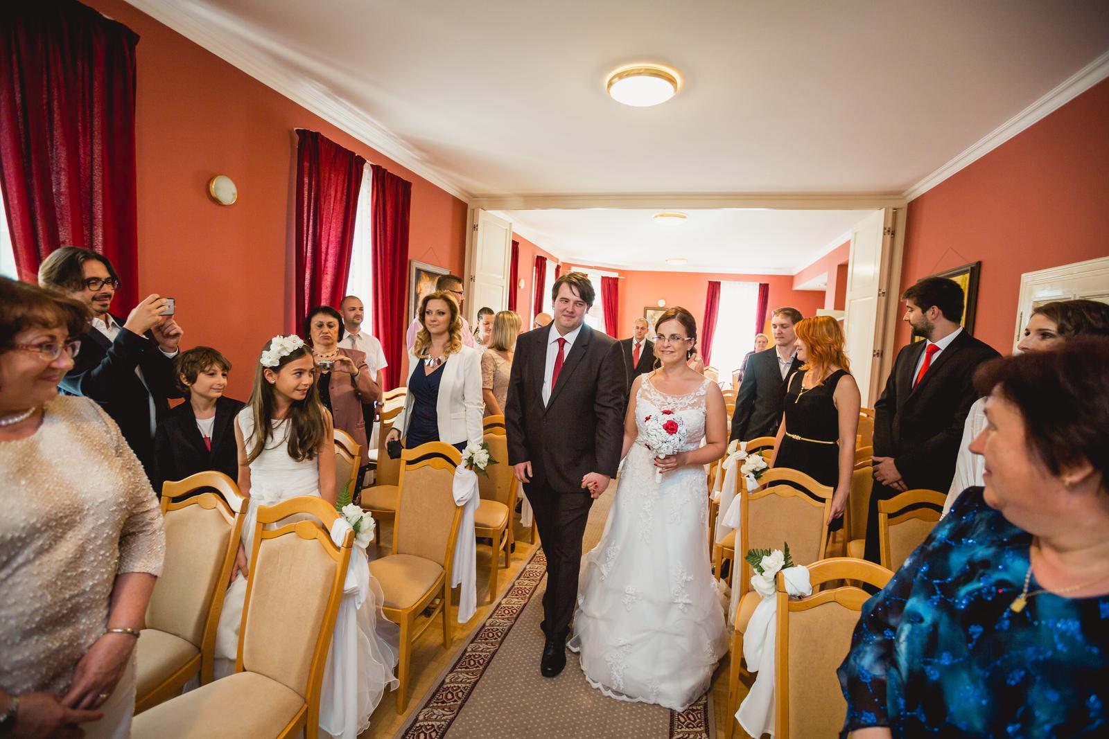 Janka{{_AND_}}Roman - knižná svadba - prichádzali sme spolu.