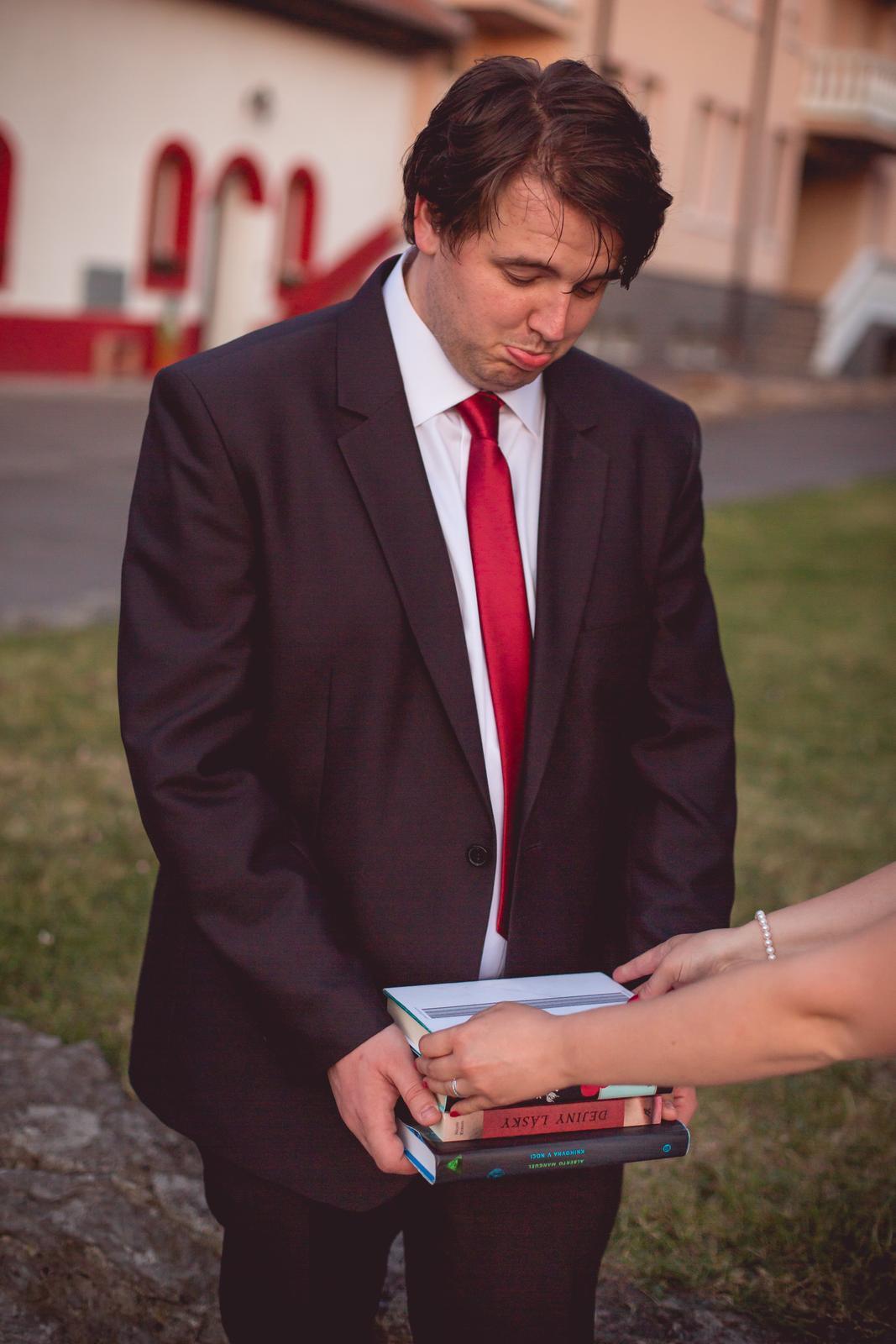Janka{{_AND_}}Roman - knižná svadba - ale už sa mu to prestáva páčiť