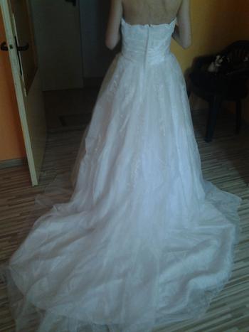 Predám biele exkluzívne svadobné... - Obrázok č. 2