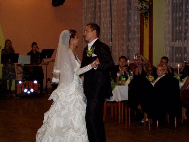 Martina{{_AND_}}Marek - prvý tanec