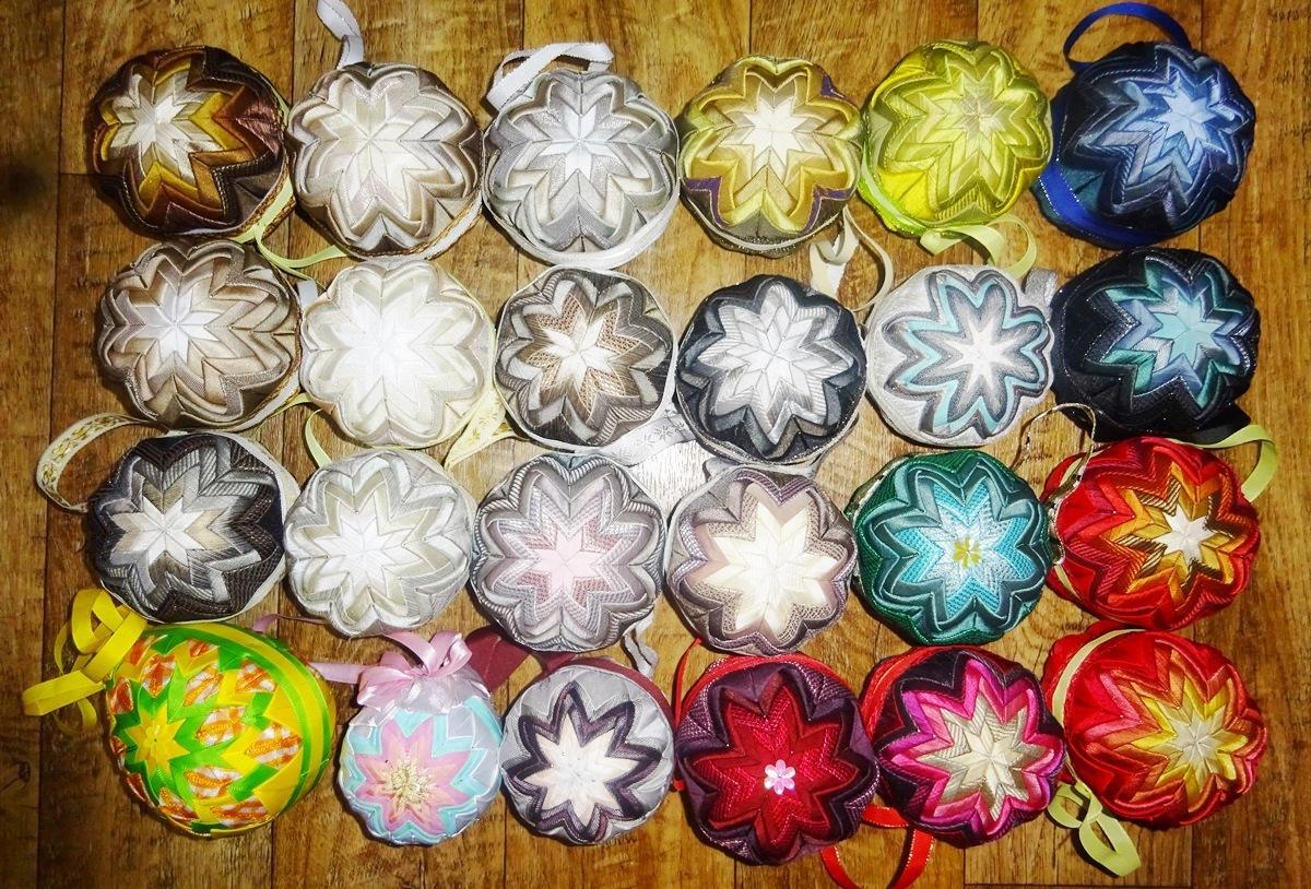 patchworková dekorační koule 24 ks - ruční práce - Obrázek č. 1
