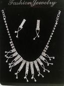 Štrasová souprava - náhrdelník a náušnice,