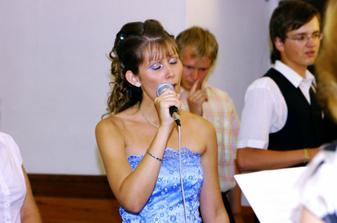 rozbíjačka...pesnička len pre nás...ach jaaaj,nádhera, také to bolo dojímavé
