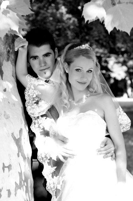 Umelecké foto zo svadby - Obrázok č. 26