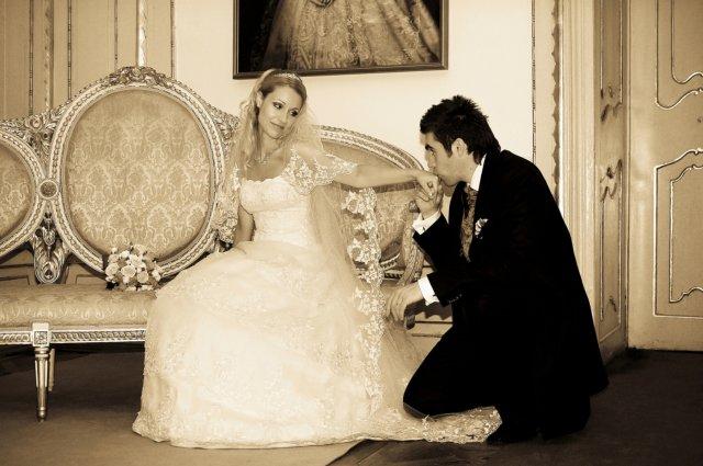 Umelecké foto zo svadby - Obrázok č. 32