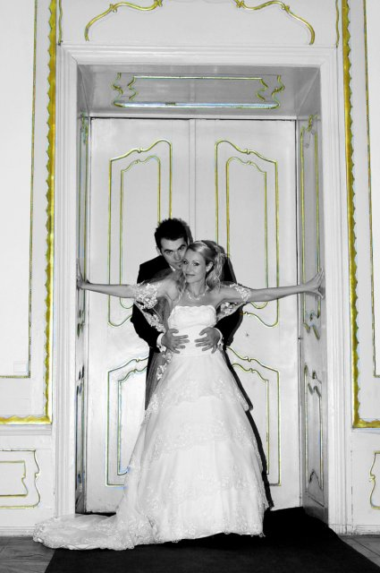 Umelecké foto zo svadby - Obrázok č. 40