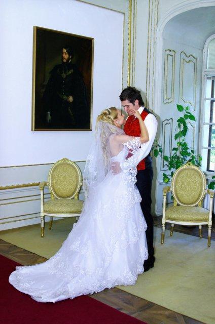 Umelecké foto zo svadby - Obrázok č. 42