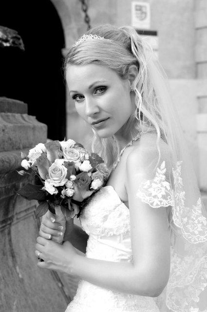 Umelecké foto zo svadby - Obrázok č. 47