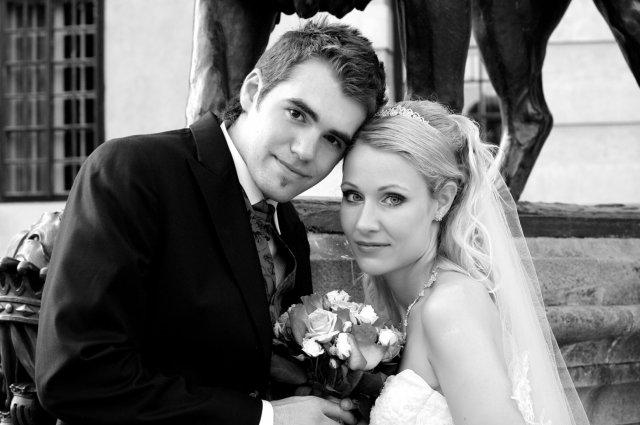 Umelecké foto zo svadby - Obrázok č. 49