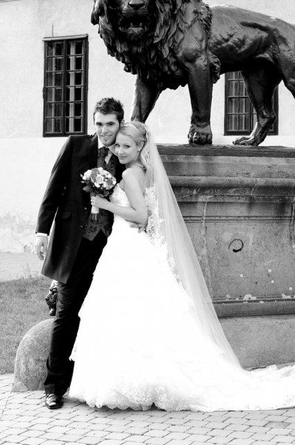 Umelecké foto zo svadby - Obrázok č. 50