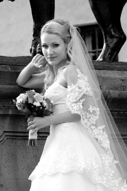 Umelecké foto zo svadby - Obrázok č. 51
