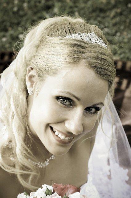 Umelecké foto zo svadby - Obrázok č. 54
