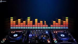 ...do tanca nám zahrá DJ PeGe z Trnavy...