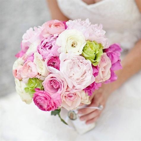 Bude svadba, svadbička :) - ...kombinácia jemných farieb a niečo romantické...
