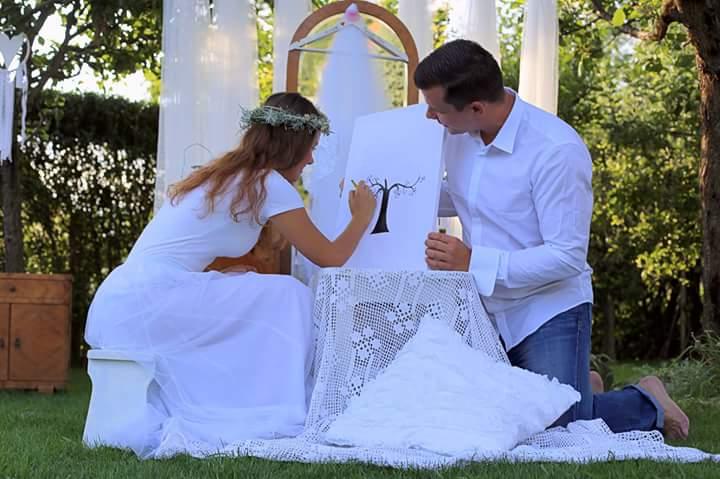 Naše predsvadobné rande fotenicko alebo ako sa svadba pripravuje - maľujeme svadobny strom na otlačky