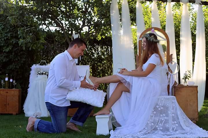 Naše predsvadobné rande fotenicko alebo ako sa svadba pripravuje - môj princ...a crievicka sadla ako uliata