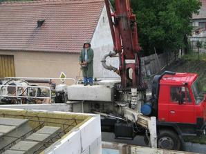 pumpa na beton...