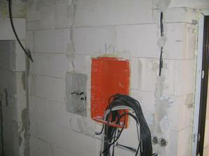 rozvodna elektricka skrinka...