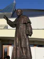 na Namesti Jana Pavla II. v Bratislave - Petrzalke