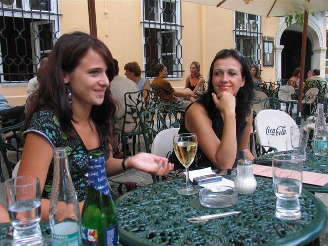 Cice - jul 2006 - Nsoci a Misel.... to bol este uvod - tak malo poharov na stole :-)