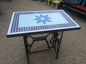 A zase další stůl, má už svého majitele...
