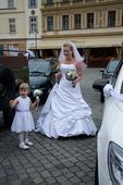 svatební šaty značky Maggie Sottero, 38