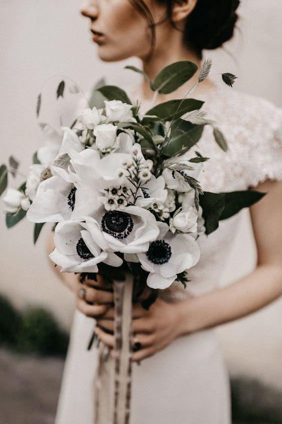🖤Aj čierna patrí na svadbu - Obrázok č. 12