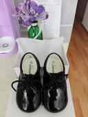Společenské boty lakýrky, 23