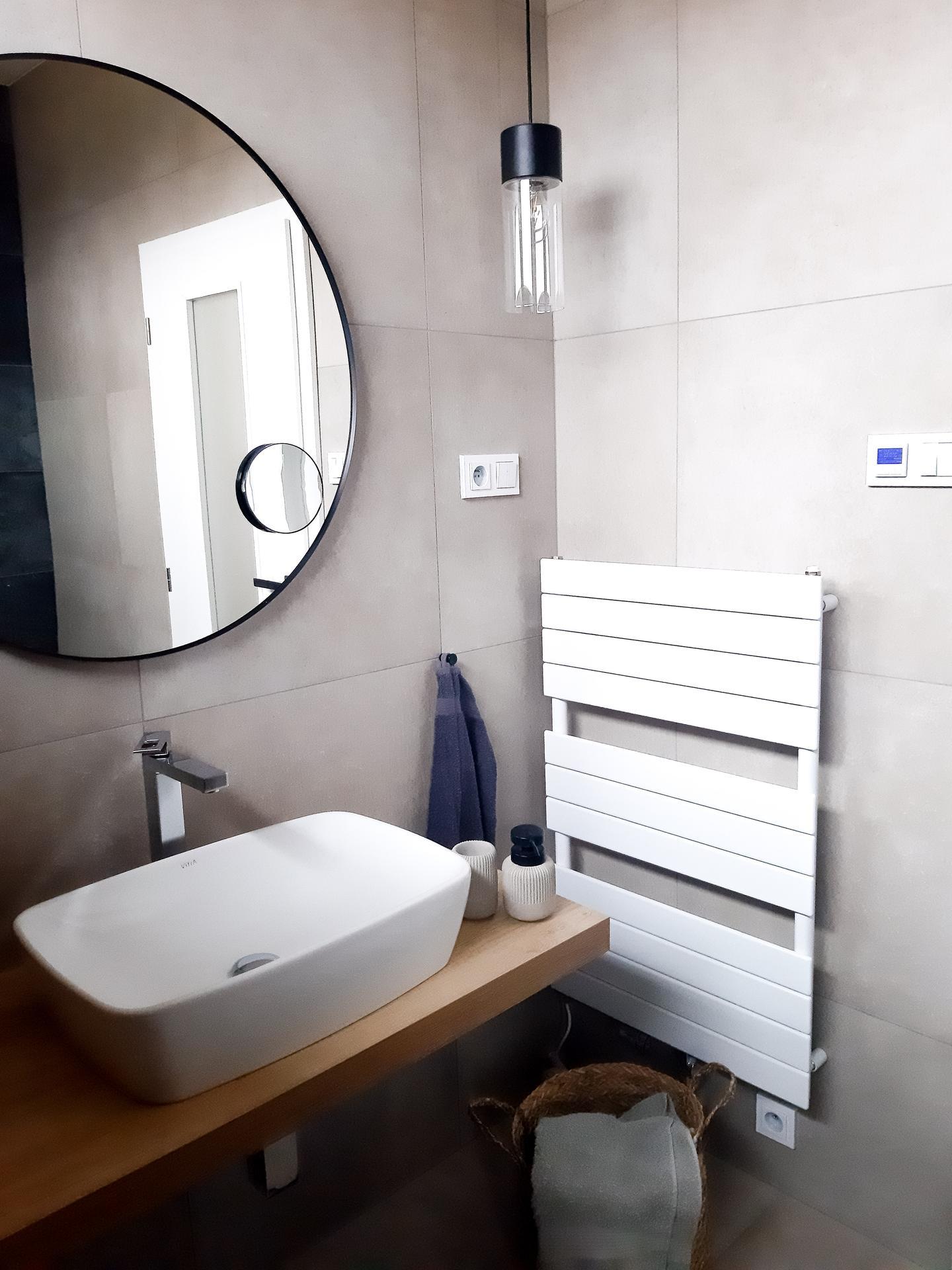 Bydlíme 2020 ❤ - Naše menší koupelna u ložnice.😊