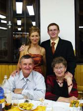 Miškov otec a teta Marienka