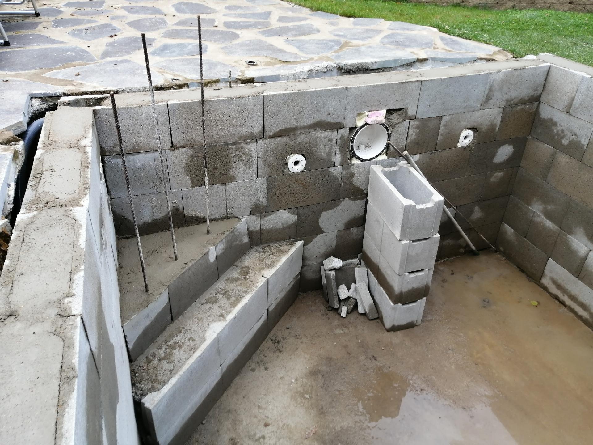 Betonový bazén - Obrázek č. 17