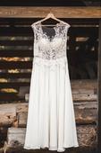 Luxusní svatební šaty, 34