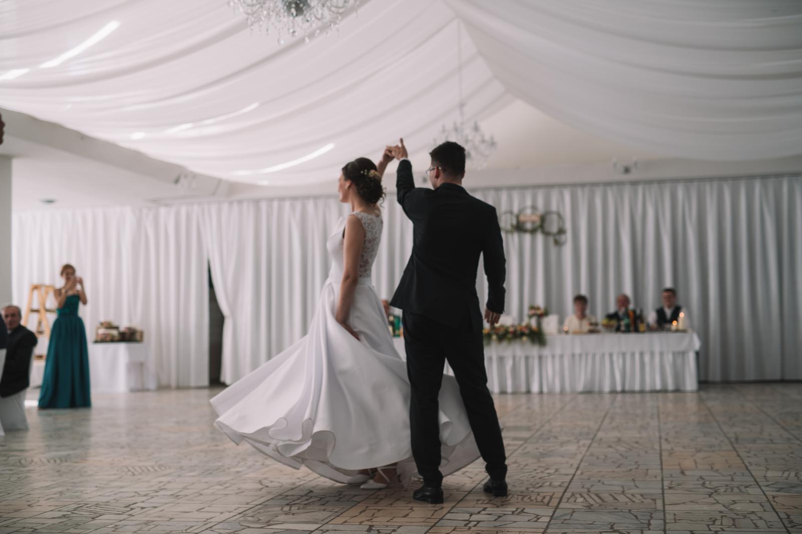 Jemné svadobné šaty - Obrázok č. 4
