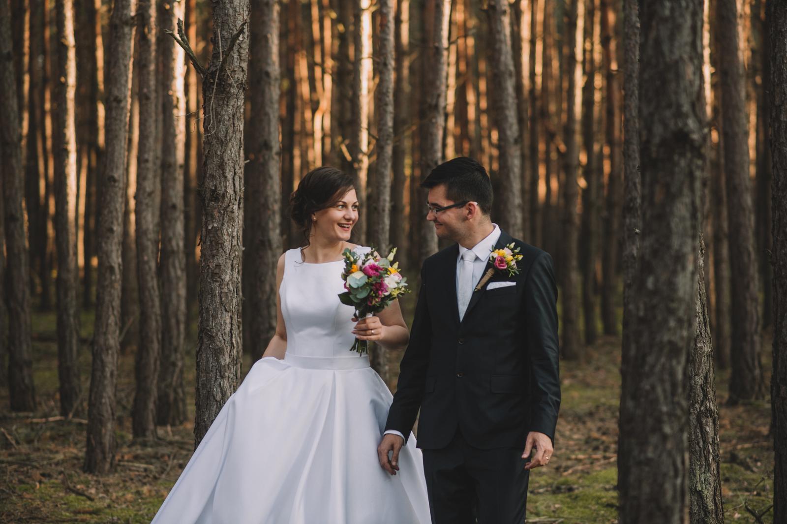 Jemné svadobné šaty - Obrázok č. 1