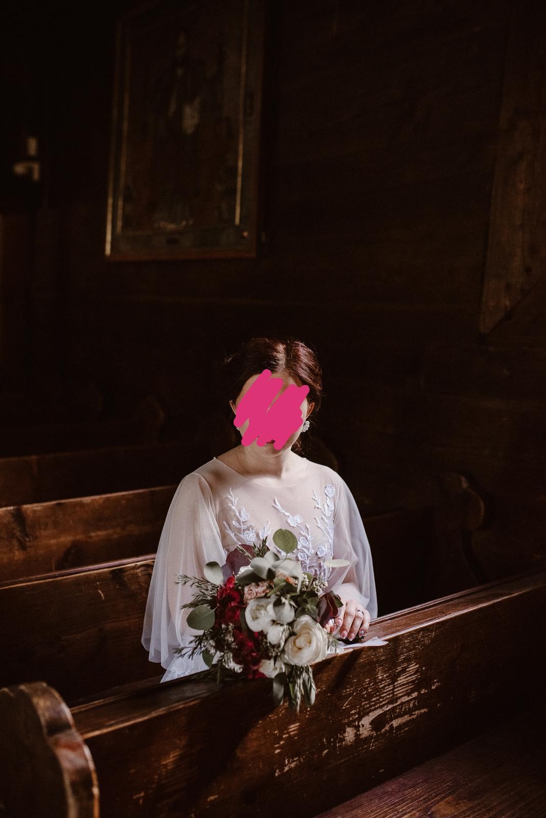 Predám krásne lahučke svadobné šaty s dlhou vlečkou. - Obrázok č. 1