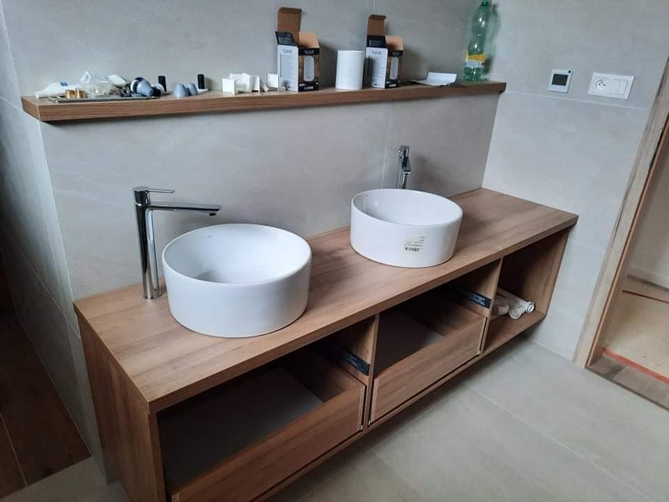 Keď sa sny začnú plniť ... 🏡 - Kúpeľňa pred dokončením 🙏 ešte svietidla a zrkadlo...