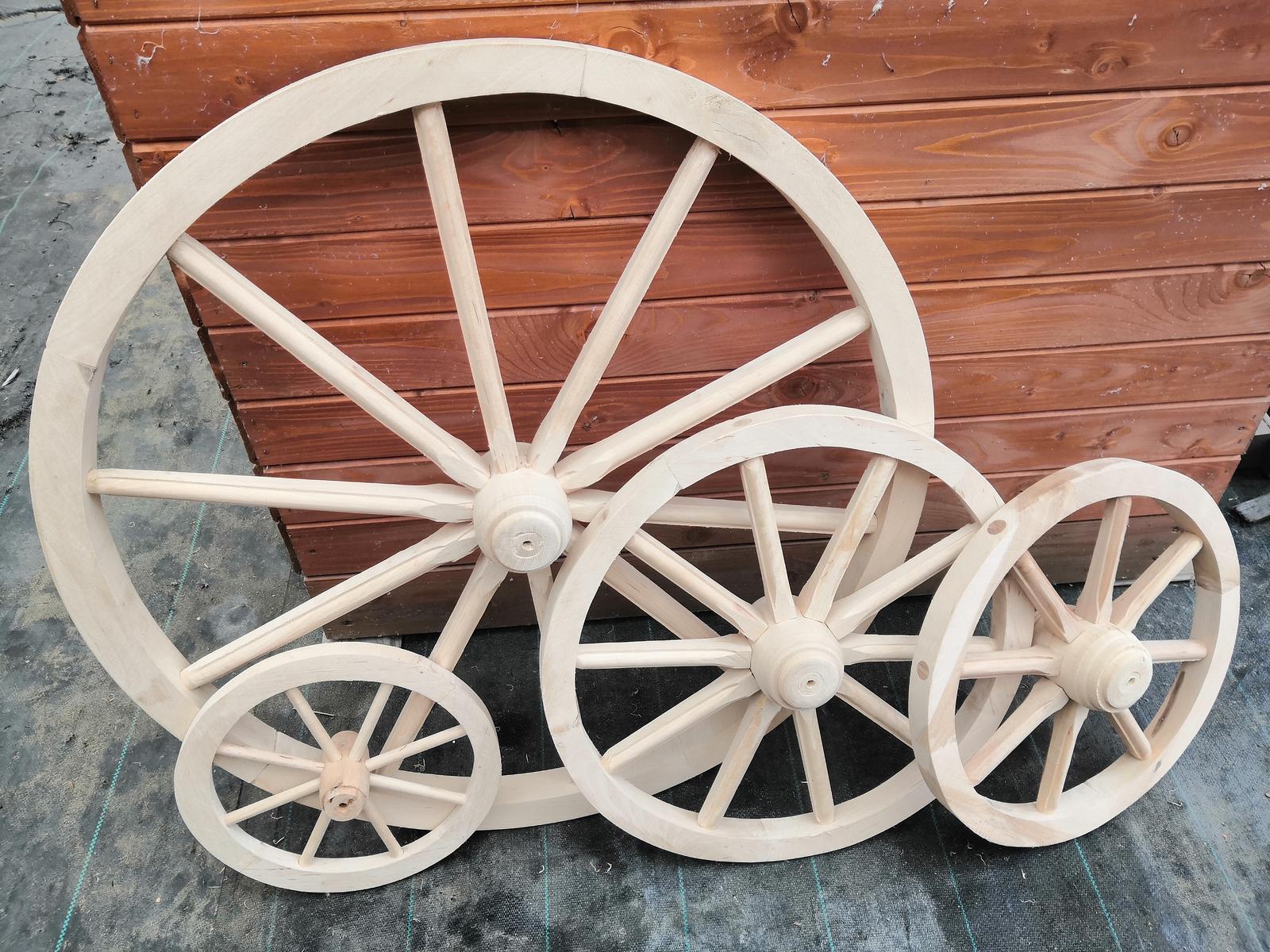 Záhradné drevené koleso. - Obrázok č. 1