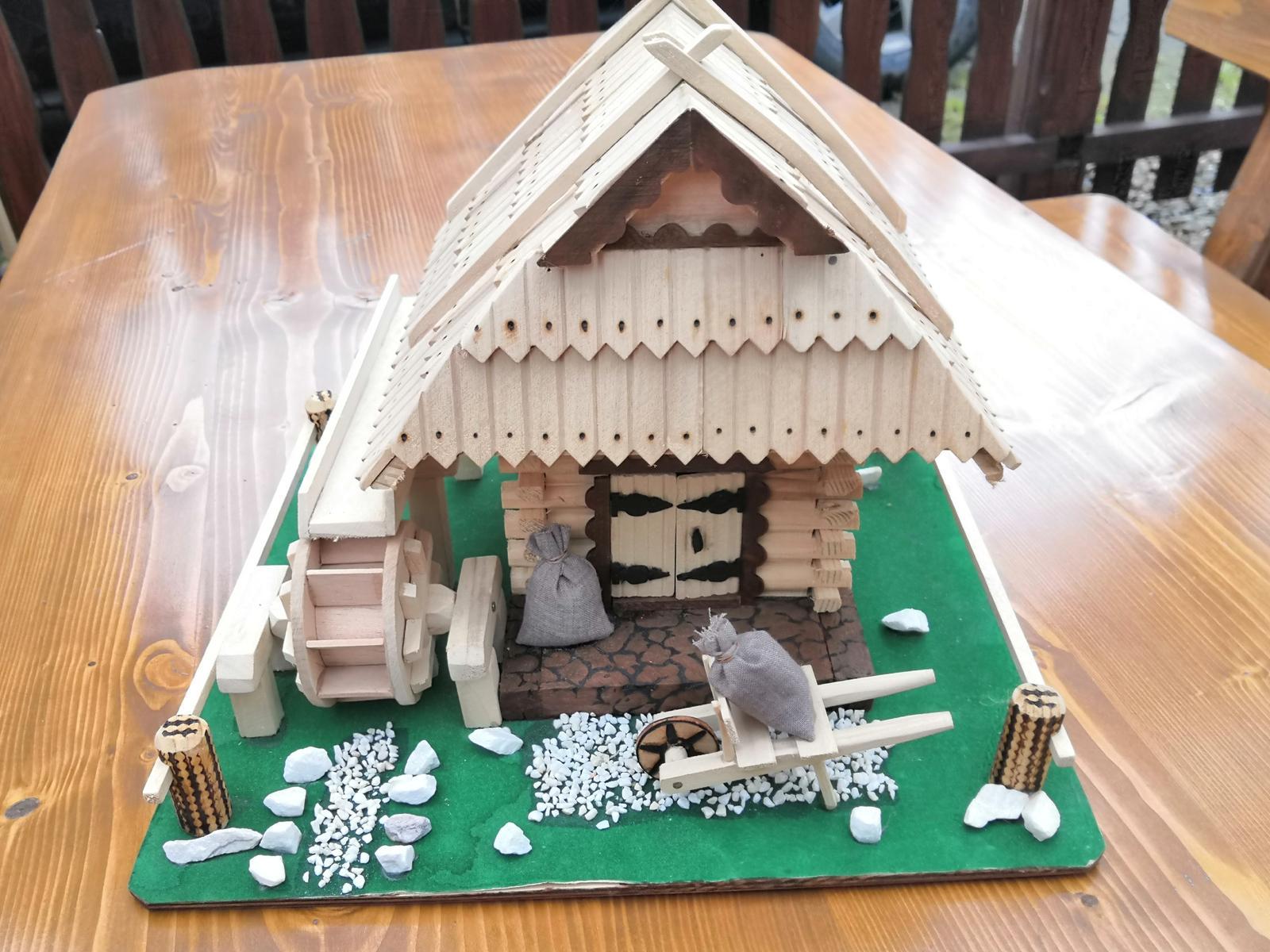 Drevený domček - Obrázok č. 2