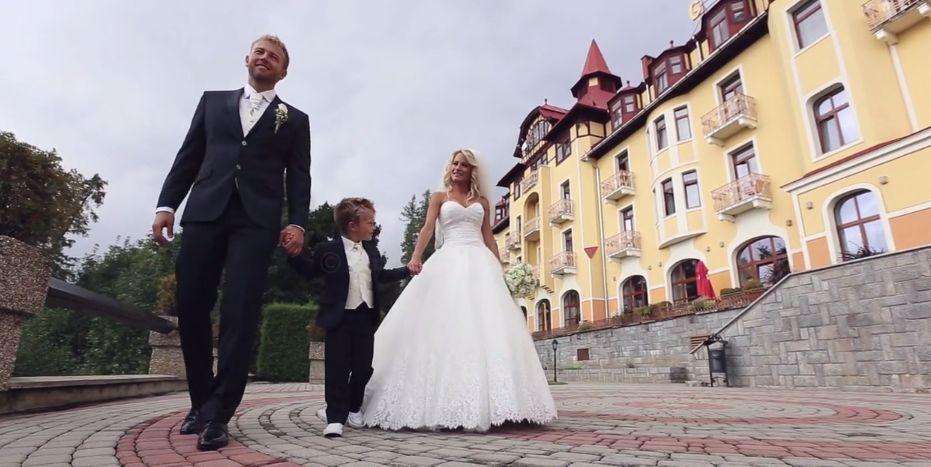 Svadobné šaty šité na mieru pre dcéru Paľa Haberu - Obrázok č. 1