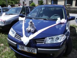 ženichovo auto, nevěstino se jaksi zapomnělo vyfotit :-(
