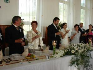 Svadobný prípitok